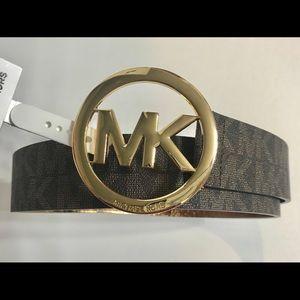 New Michael kors Women's Classic MK gold logo belt
